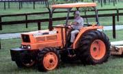 Kubota M5950 tractor photo