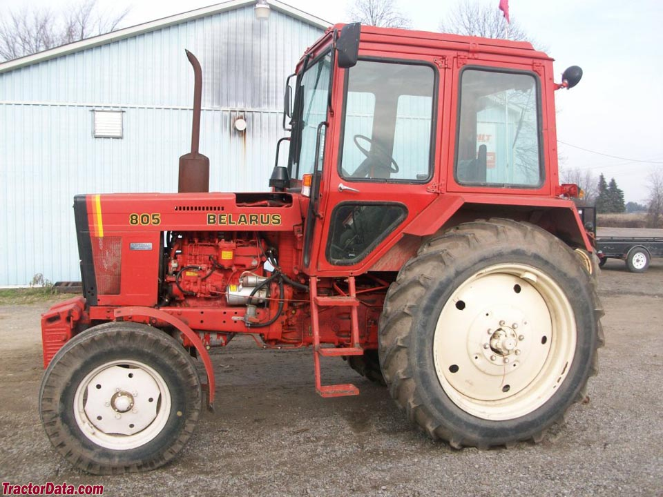 M7 besides 4582075881 1208185921 P furthermore 1445 Belarus 805 Photos furthermore 4066r likewise TractorFY1. on tractor rops