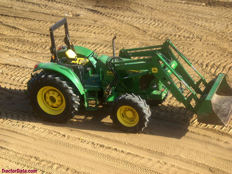 John Deere 6415, right side.