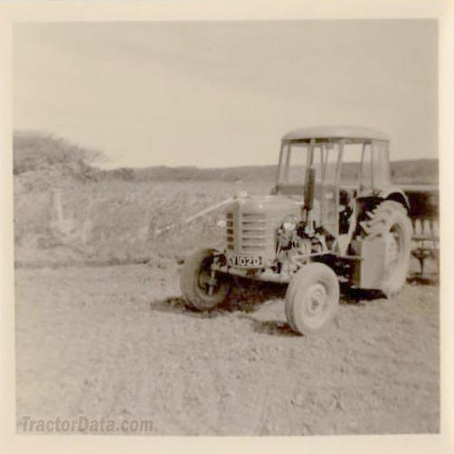 Zetor 3011 in 1970 at Tehidy in Cornwall.
