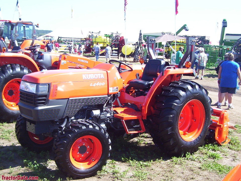 Left-side view of the Kubota L4400 tractor.