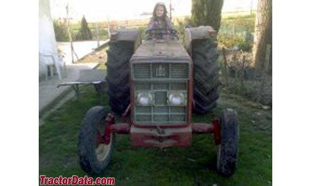 International Harvester 453