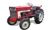 International Harvester 272 tractor photo