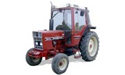 International Harvester 585 tractor photo