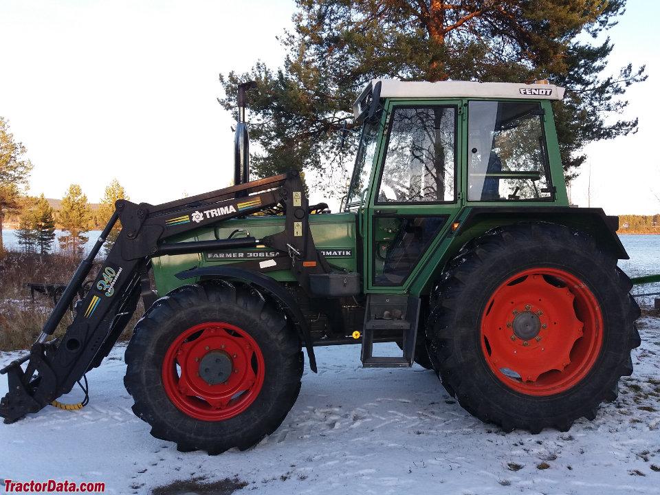 Fendt Farmer 306 LSA, left side.