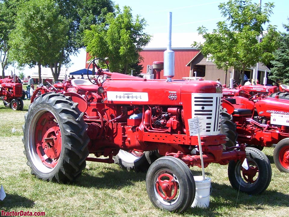 Farmall 450 with wide front end