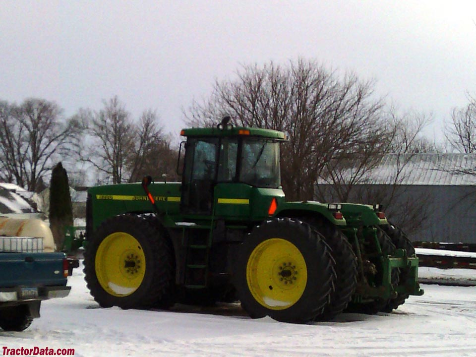 2000 John Deere 9200 with PTO and three-point hitch.