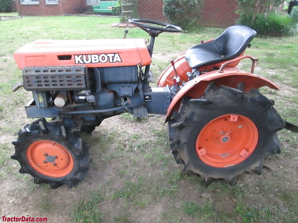 Tractor Data Farm Tractors : Tractordata kubota b tractor photos information