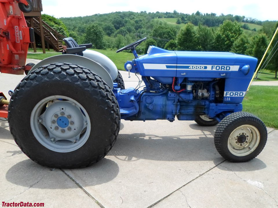 Ford 4000 Tractor : Tractordata ford tractor photos information