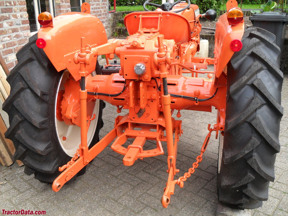 Rear view of the Allis-Chalmers FD3 showing hitch and PTO