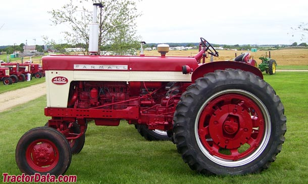 Farmall 460 Tractors for Sale http://www.tractordata.com/farm-tractors/004/6/6/4663-farmall-460-photos.html