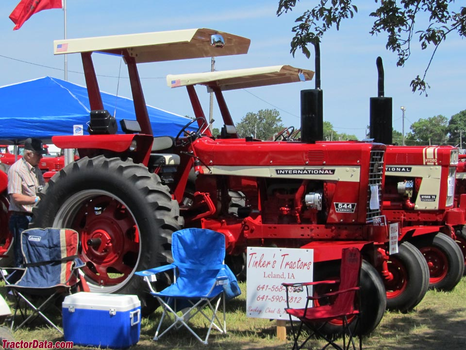 Ih 2424 Tractor Loader : Rhino international mfwd w loader images frompo