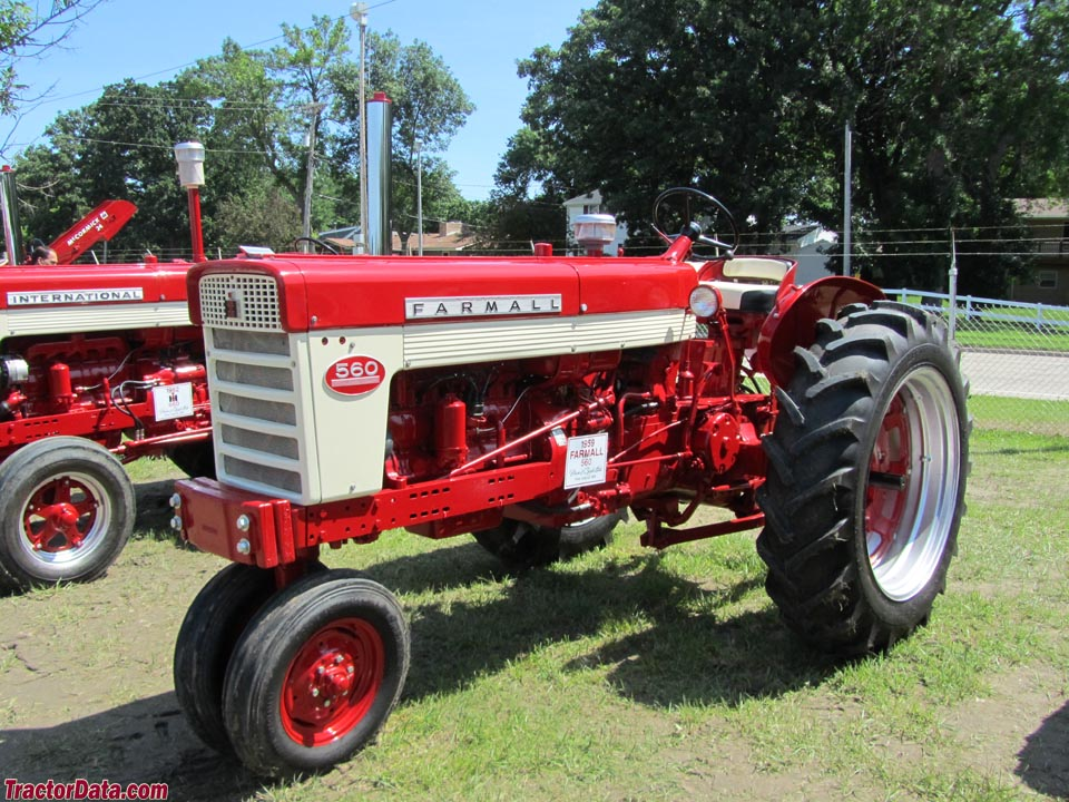 Farmall 560 with gas engine and tricycle front.
