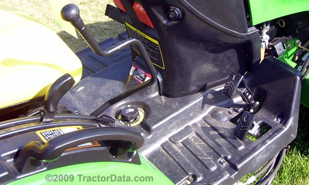 John Deere 2320  transmission photo