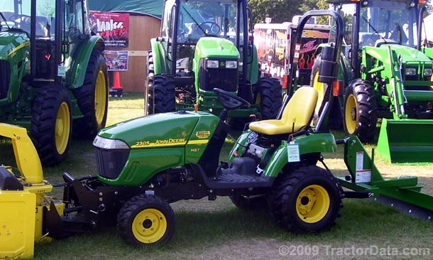 Left-side profile of the John Deere 2305