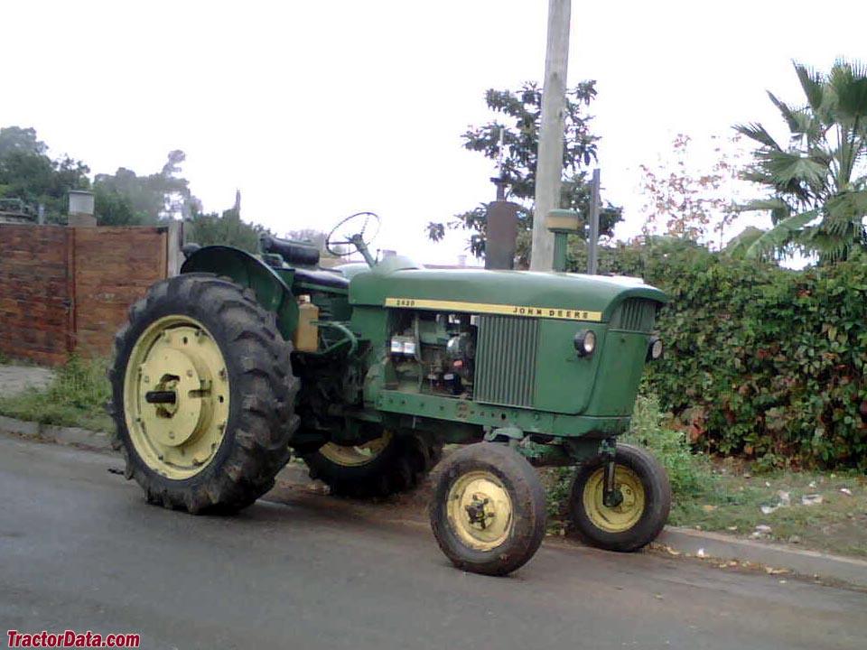 John Deere 100 Series >> TractorData.com John Deere 2420 tractor photos information