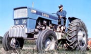 Long R9500 tractor photo
