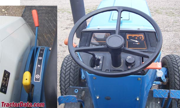 Ford 1520  transmission photo