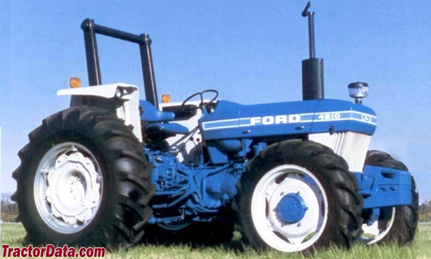 Ford 4610 with MFWD 4WD and ROPS