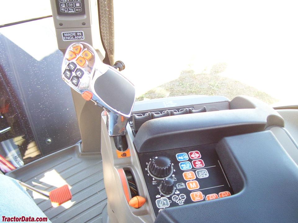 Case IH Puma 225 CVT transmission controls.