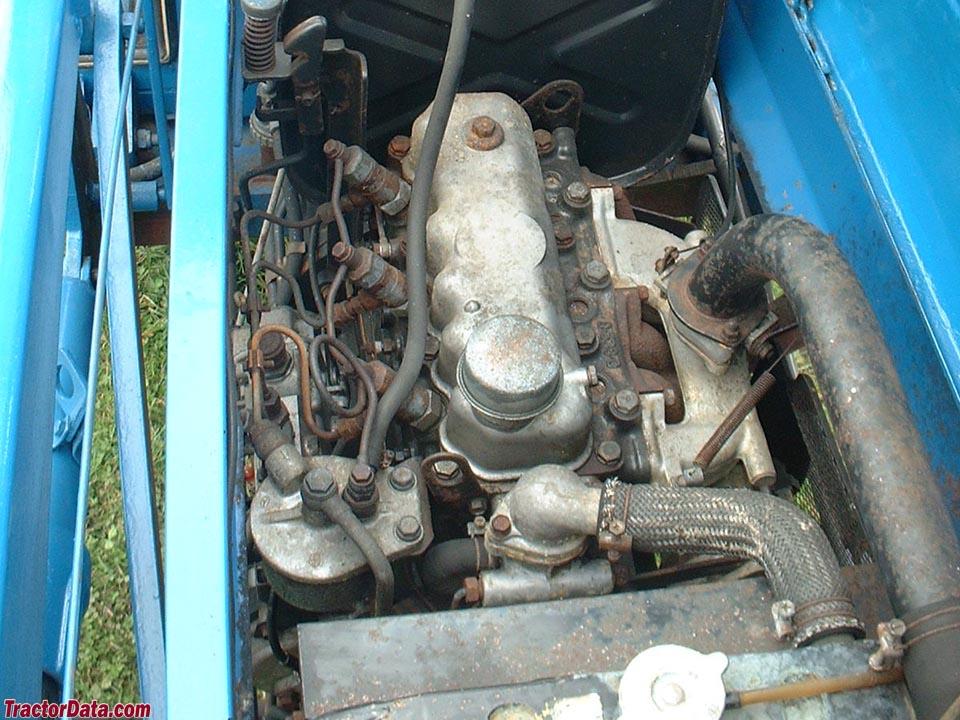 Iseki TS2810 engine.
