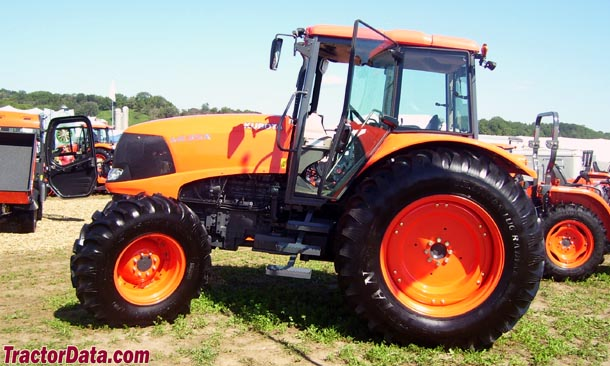Left-side profile of the Kubota M135X