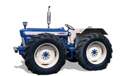 County 654 tractor photo