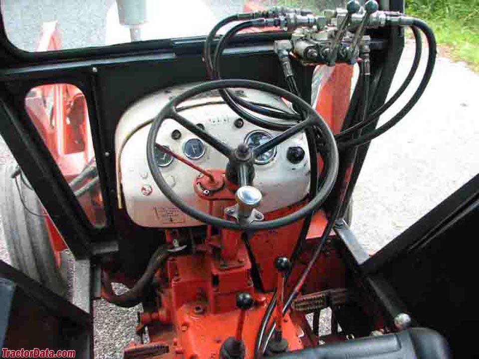 Case 990 tractor controls.