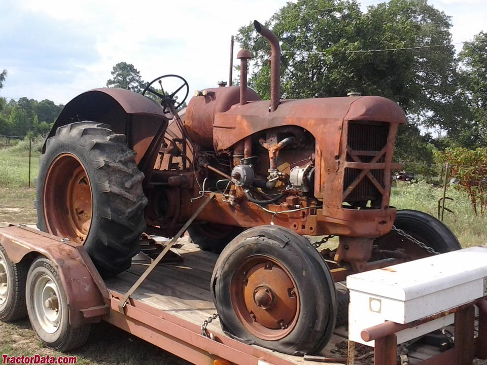 Massey-Harris 44 Vineyard Kerosene with hand-clutch (later converted to LP).
