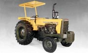CBT 2105 tractor photo