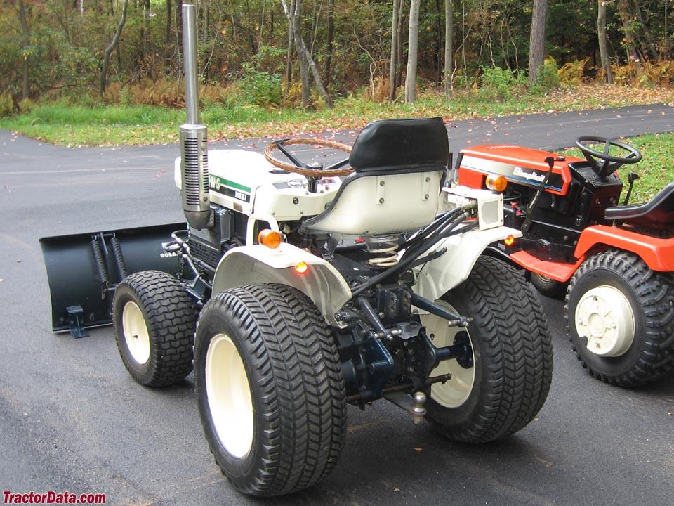 Bolens Tractor Attachments : Tractordata bolens g tractor photos information