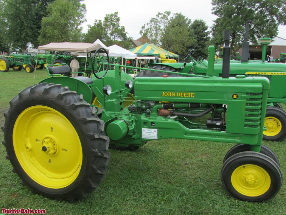 John Deere Tractor Shows : Tractordata john deere b tractor photos information