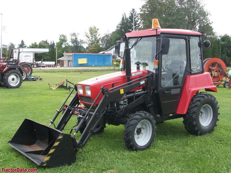 Belarus 5530 with loader.
