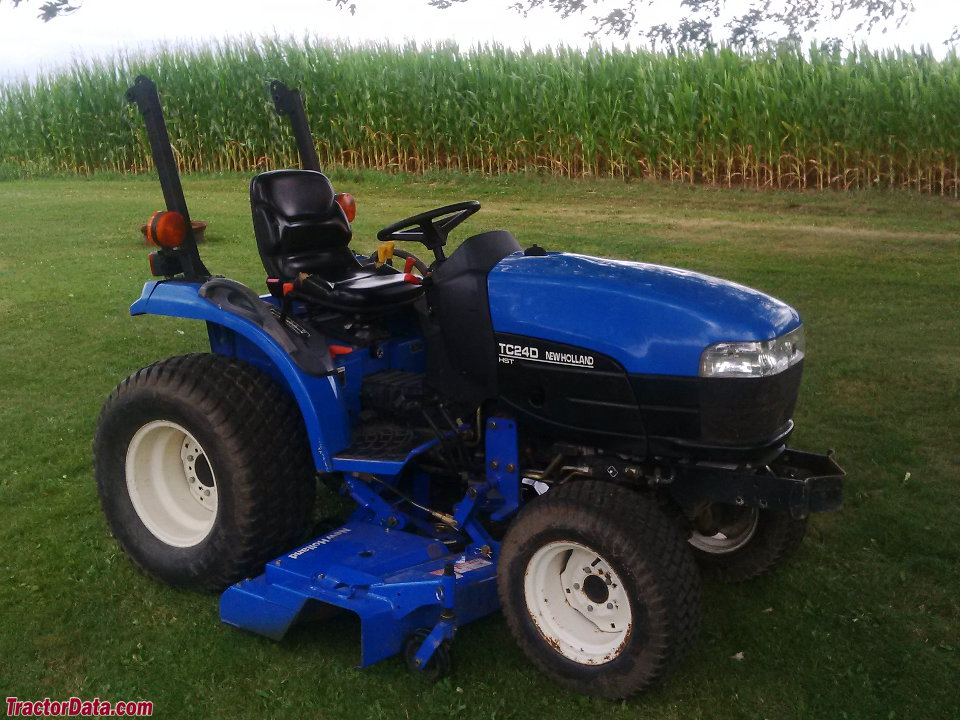 New Holland TC24D