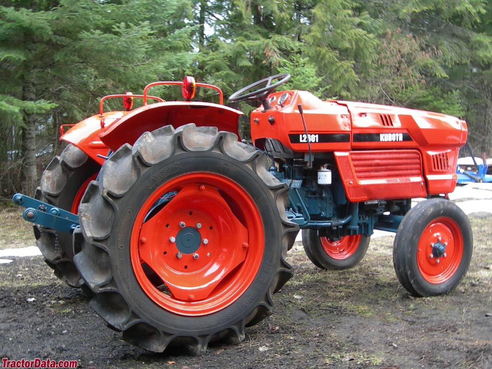 Farm Tractor Transmission : Tractordata kubota l tractor photos information