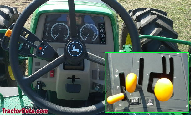 John Deere 6125M PowrQuad transmission photo