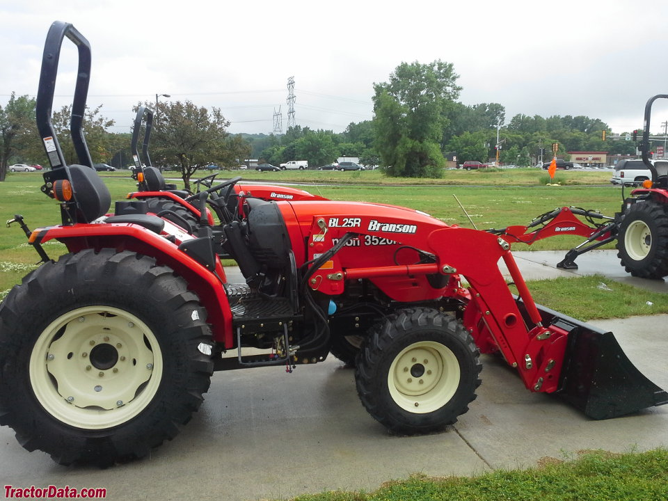 Branson 3520R with BL25R front-end loader.