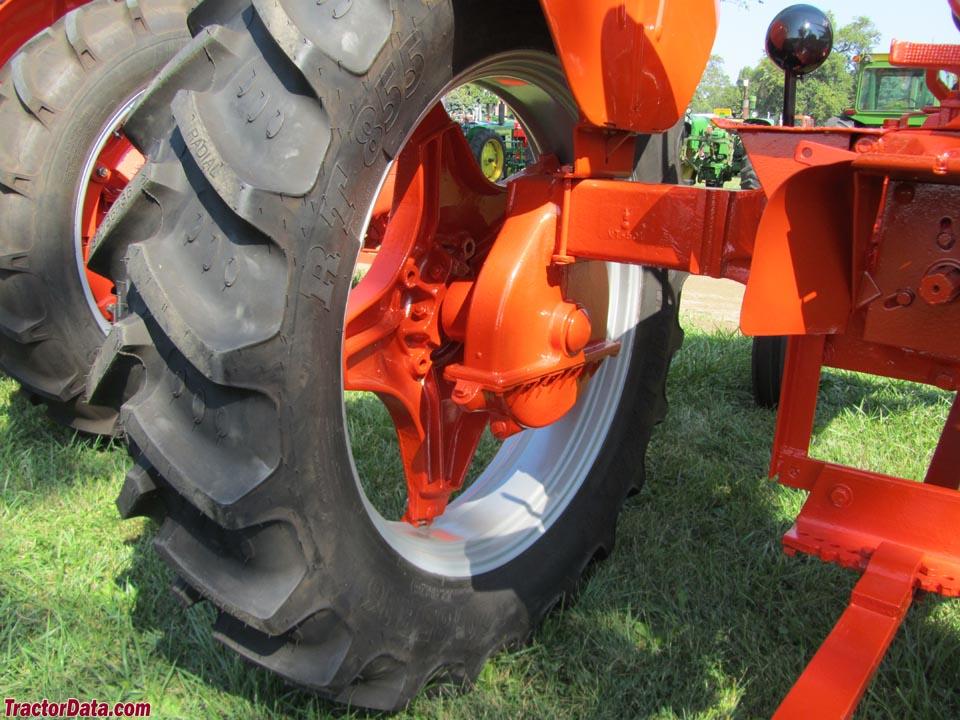 Detail of Case VAH drop-axle.