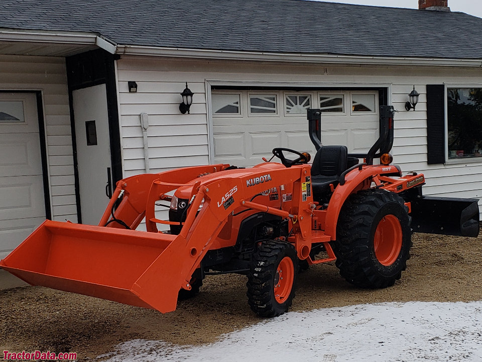 Kubota L2501 with LA525 loader and RB3772 rear blade.