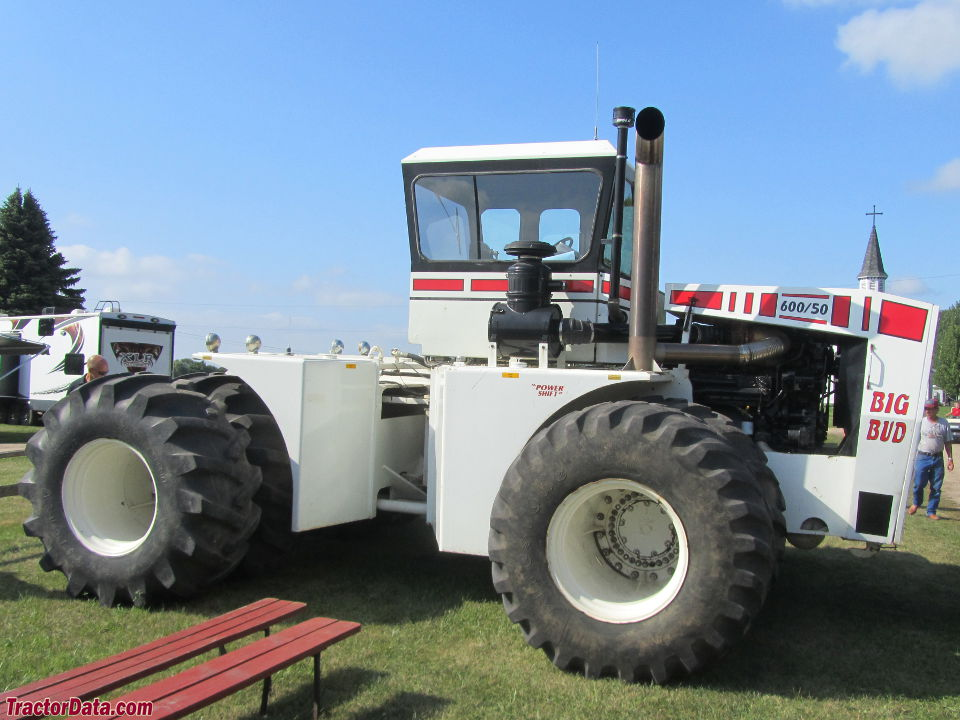Big Bud Tractor : Tractordata big bud tractor photos information