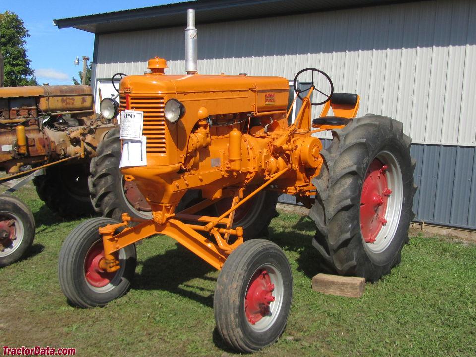 Tractor Data Farm Tractors : Tractordata minneapolis moline utc tractor photos