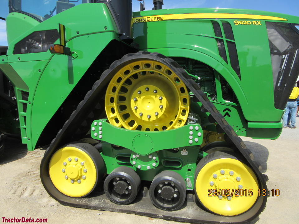 Close-up of the John Deere 9620RX track.