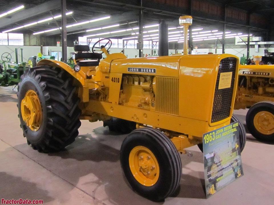 John Deere 4010 Wheel industrial tractor with gasoline engine.