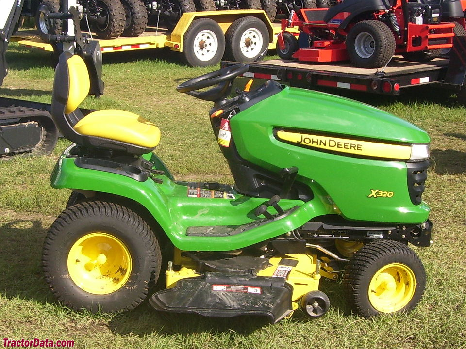 John Deere X320, right side.