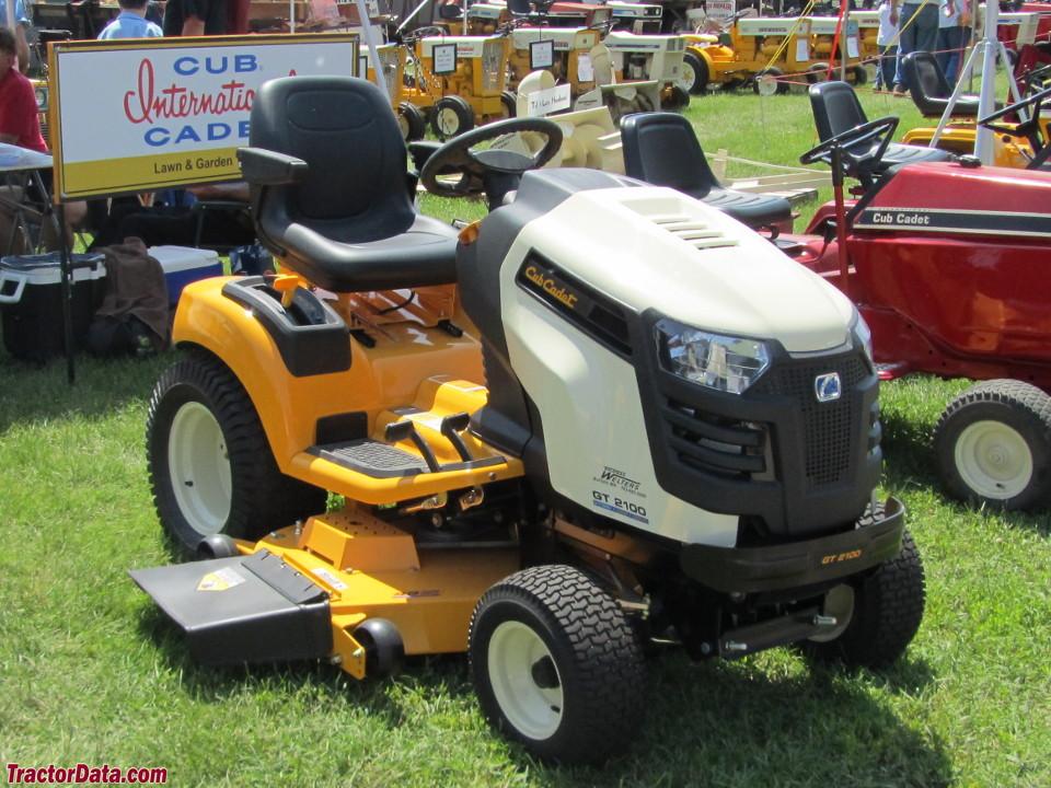 Cub Cadet GT 2100