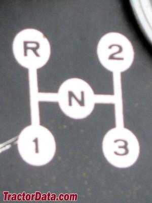 Cub Cadet 122 transmission controls