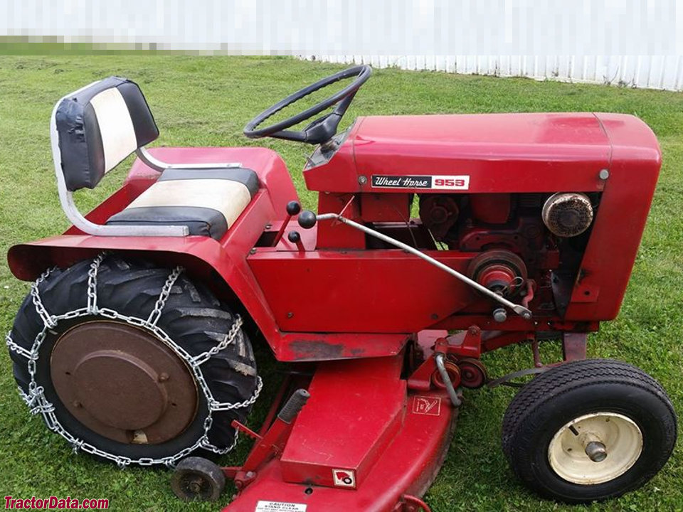 Wheel Horse 953, right side.