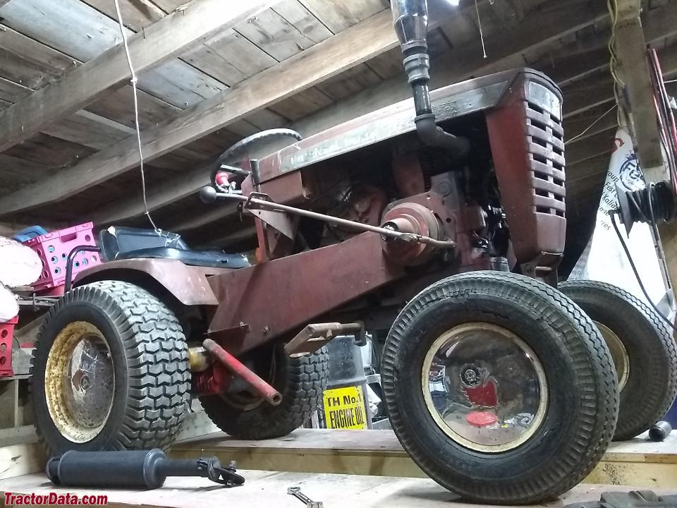 Wheel Horse 1076