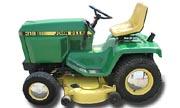 John Deere 318 lawn tractor photo