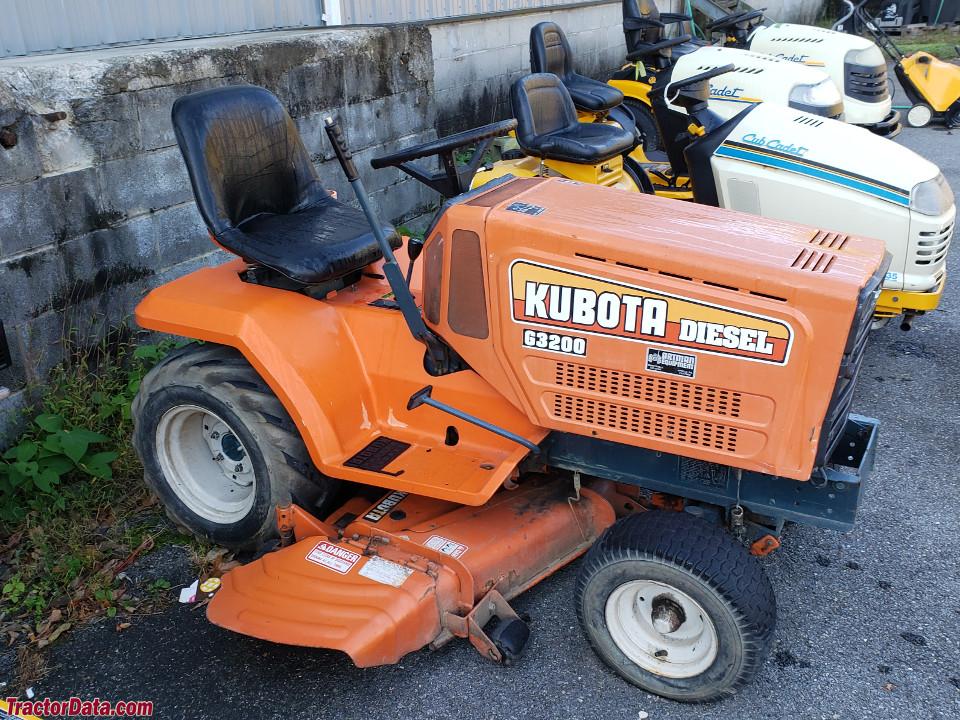 Kubota G3200